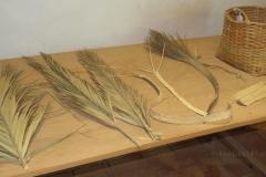 Flechtereien aus Palmenblättern