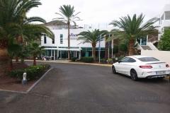 Zufahrt zum Hotel